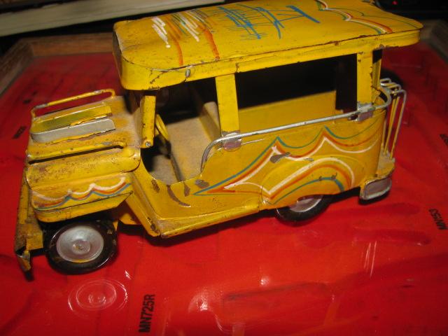 Jeepney$3 006.jpg