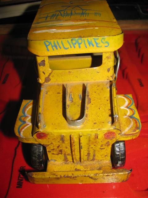 Jeepney$3 008.jpg