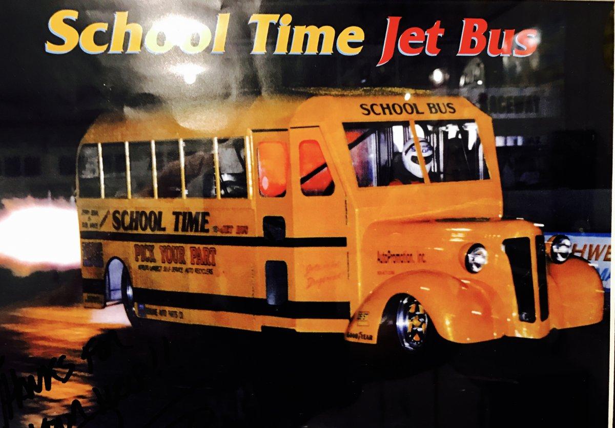 Jet bus.jpg