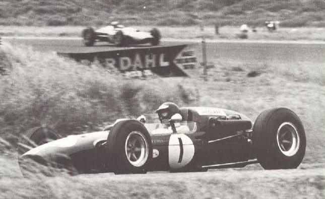 Jim Clark Teretonga 1965.PNG