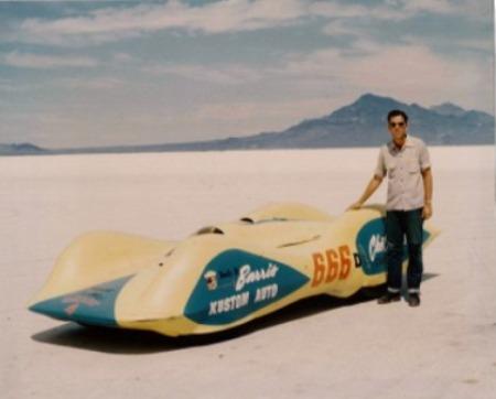 Jim Moore with Chet Herbert's 'Beast 4' - Bonneville '53.jpg