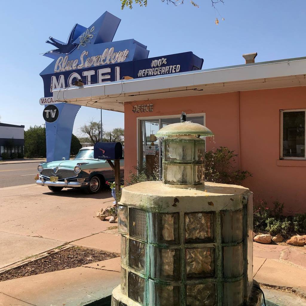 Jive-Bomber October 2020 Route66 Journey - The Blue Swallow Motel (2).jpg