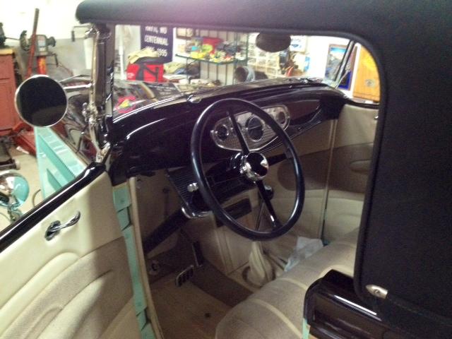 JOE\'S \'32 ROADSTER WITH NEW SHROEDER 4 SPOKE INDY CAR WHEEL 2-12-15.JPG