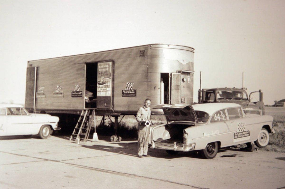 John Bandimere Sr. 1955.jpg