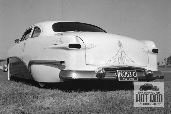 John Cassaubon's '50 Ford by Clarkaiser Customs (by Tom Medley).jpg
