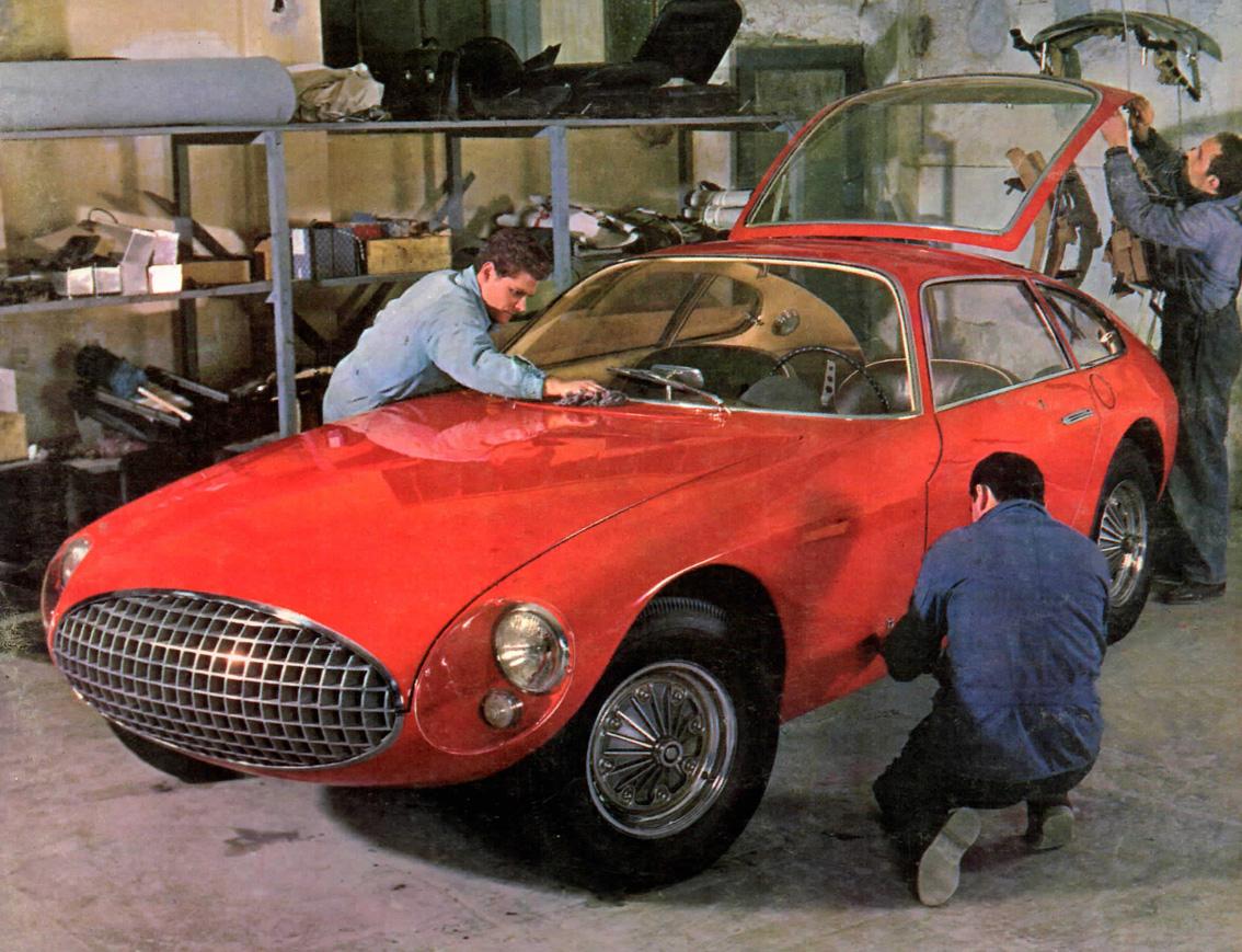Kelly-Corvette-Vignale-1962-zoom_img002.jpg