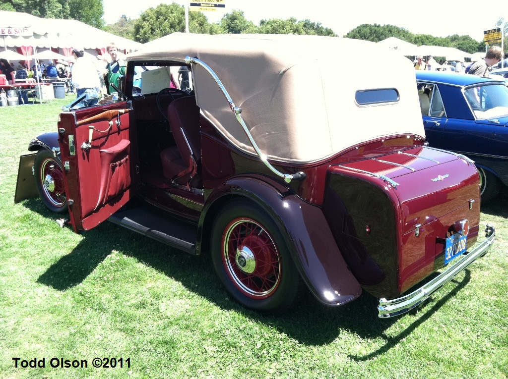 Ken Tibbot's 1932 Ford V8 Convertible Victoria with coachwork by Drauz (4).jpg