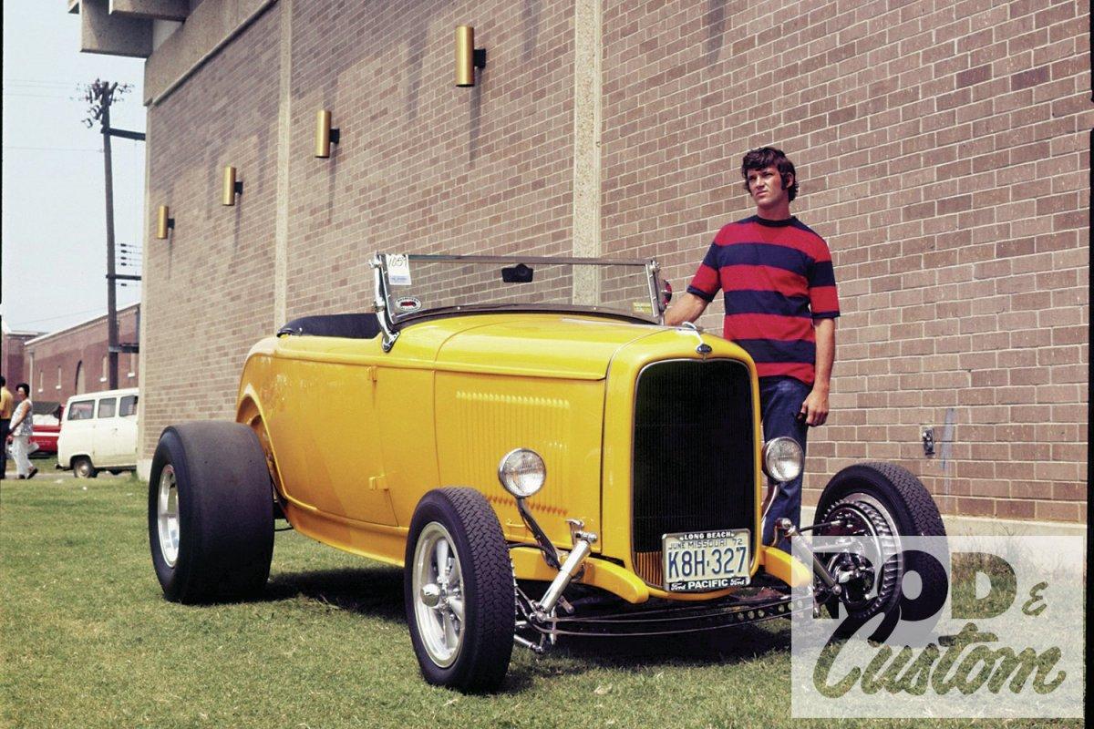Kessler's OLD roadster in Rod & Custom.jpg