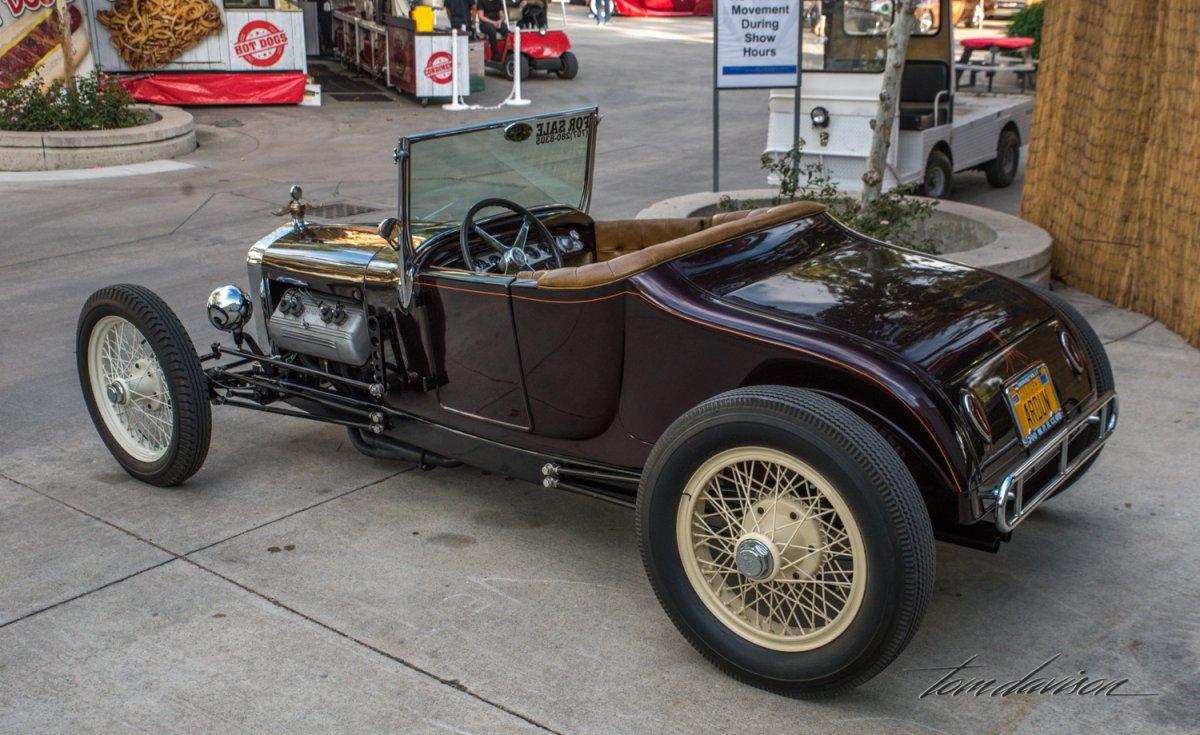 LA Roadster-2.jpg