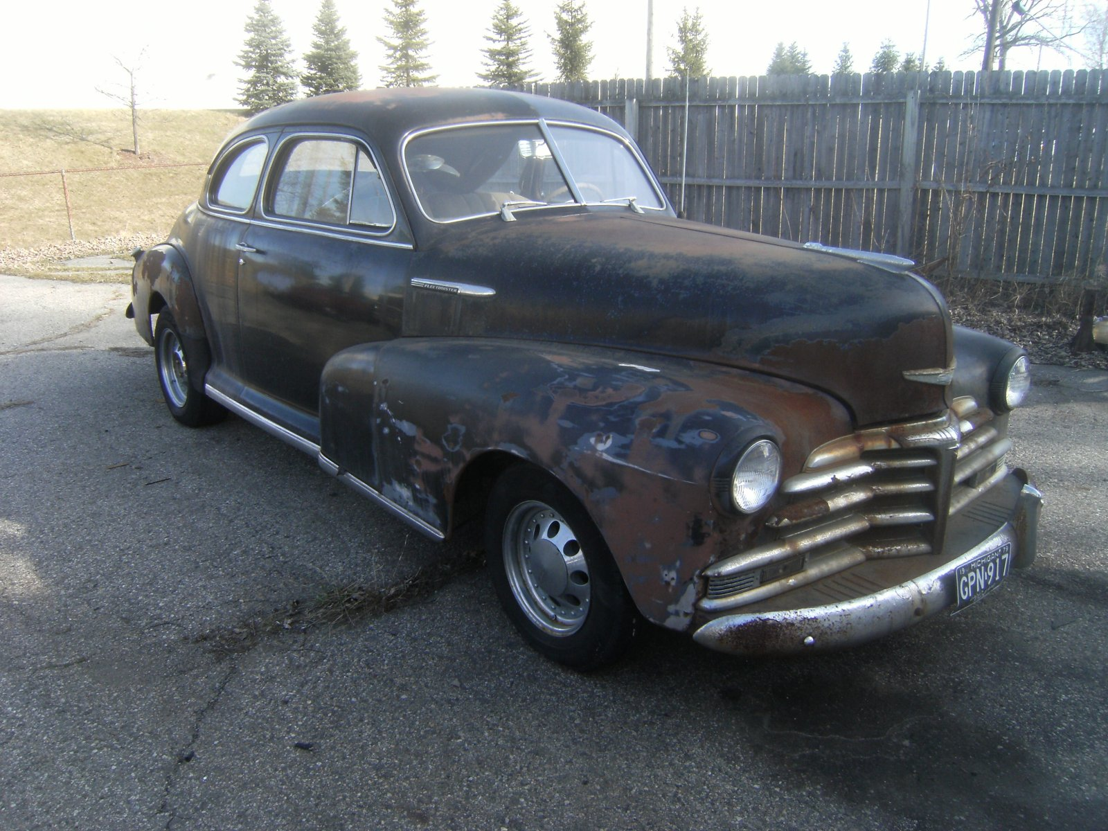 1947 Chevy 5 Pass  Deluxe Coupe Project Car W  Sbc Lower