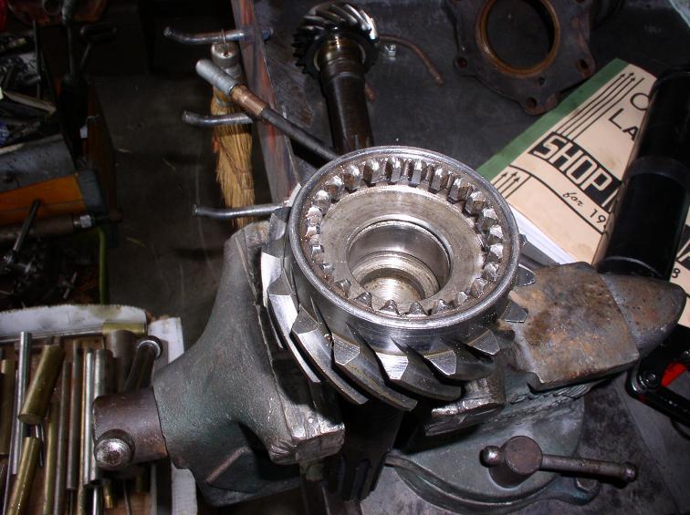 lasalle transmission 029.jpg