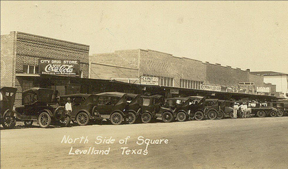 Levelland, Texas, early 20's.JPG