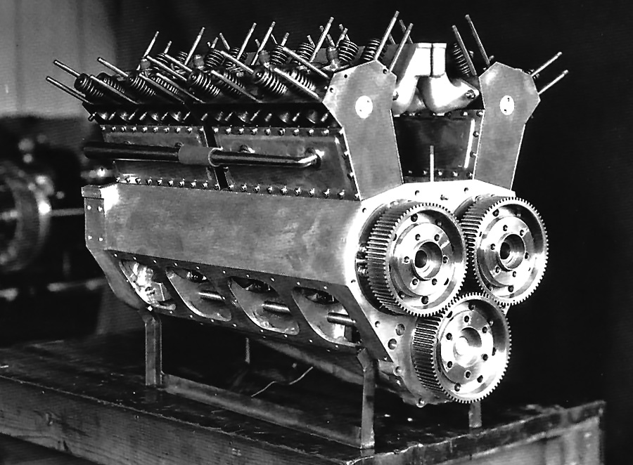 lockhart-stutz-black-hawk-engine.jpg