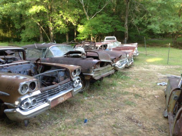 lot-8-1958-chevrolet-impala-2-convertibles-6-hard-tops-348-level-air-ac-58-nr-1.JPG