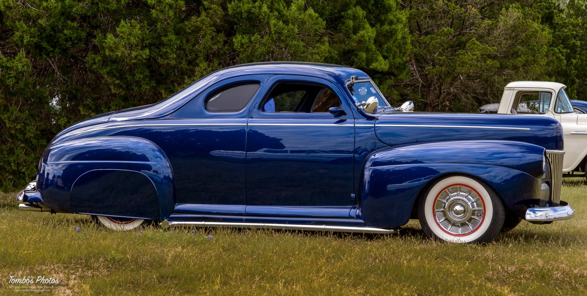 LSRU Blue Ford Custom.jpg
