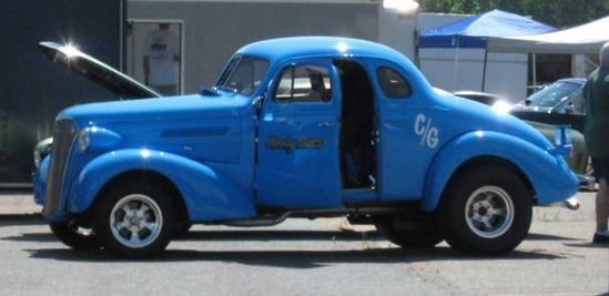 Lt blue 37 chevy.JPG