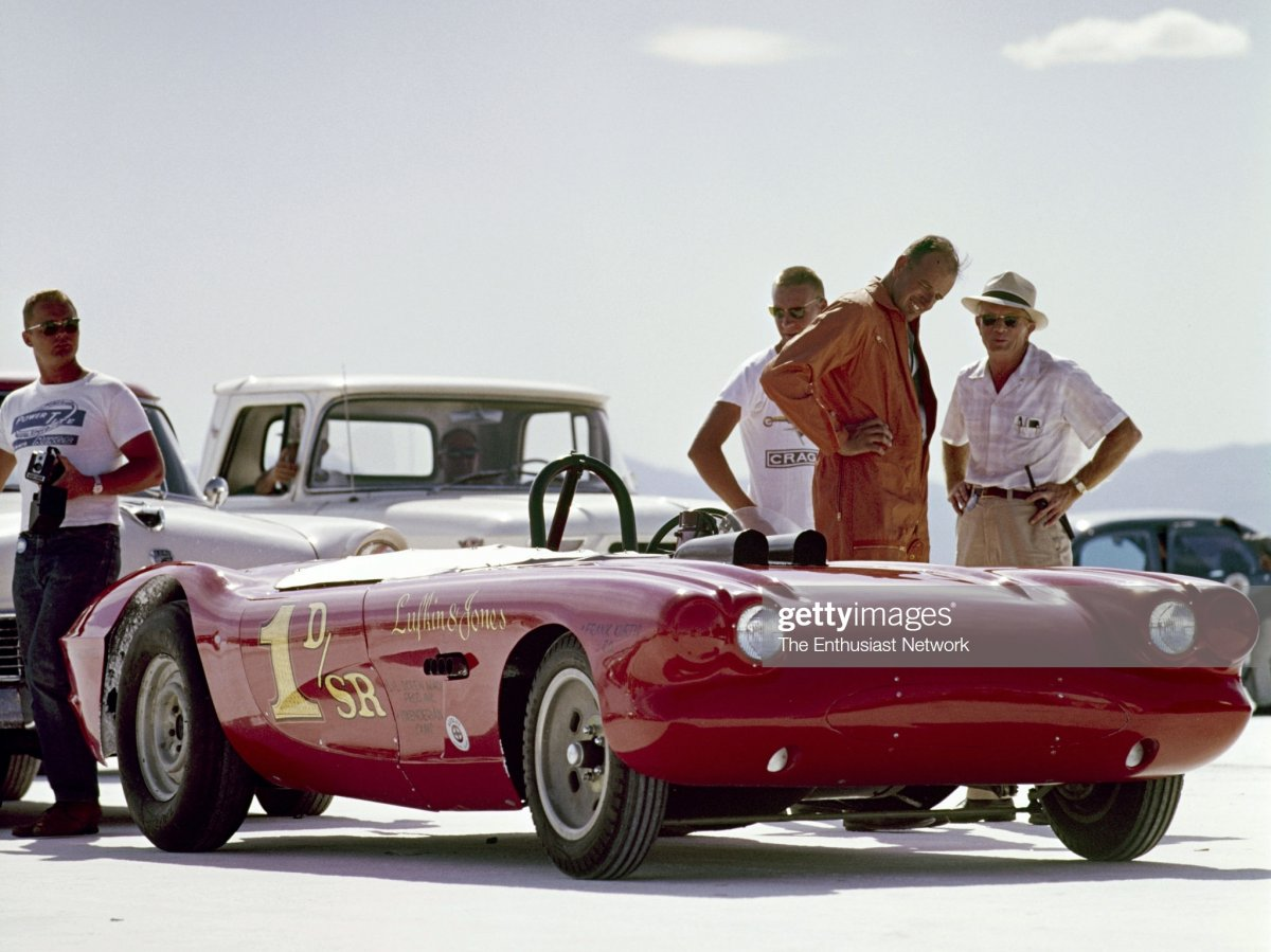 Lufkin ~ Jones D-SR Vette @ '63 Speed Week (1).jpg