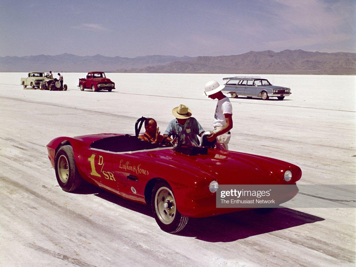 Lufkin ~ Jones D-SR Vette @ '63 Speed Week (2).jpg