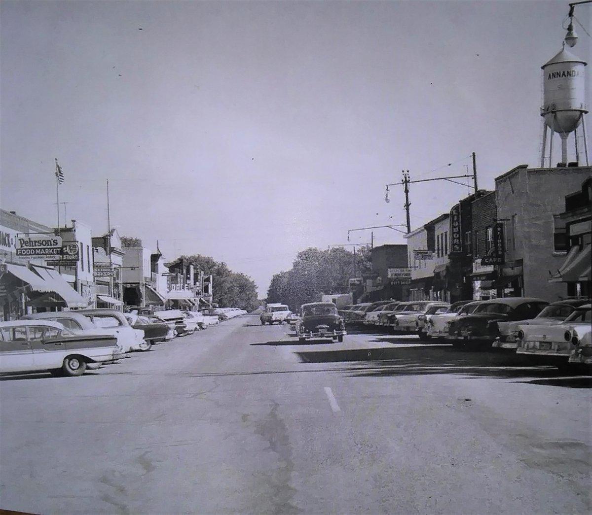 main street 3 (2).jpg