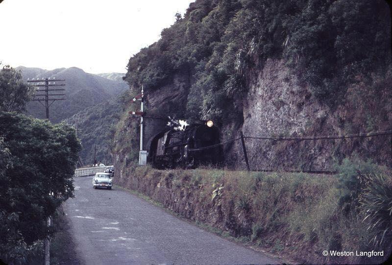 Manawatu Gorge 1960.jpg