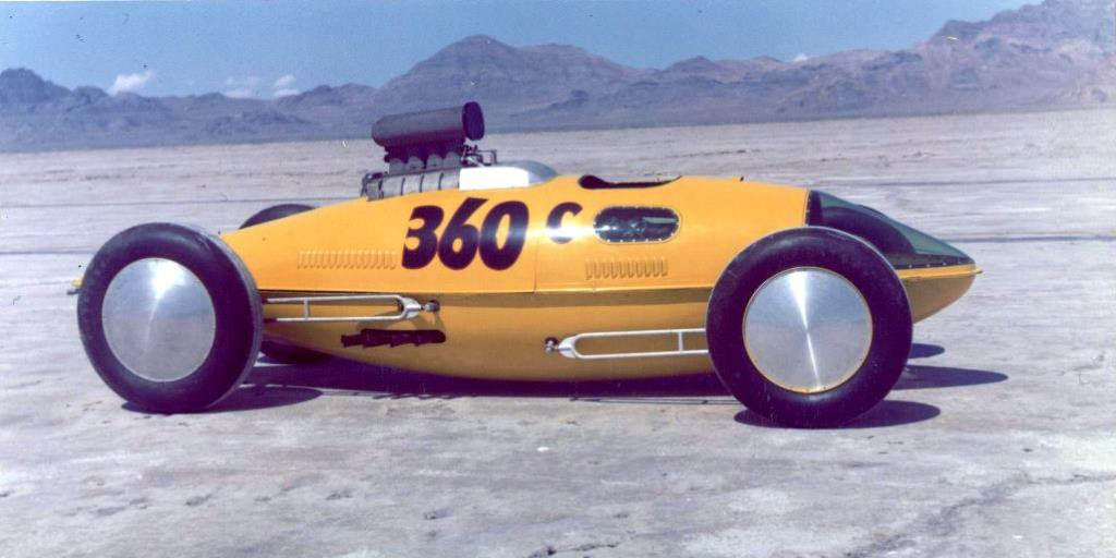 Markley Bros #360 Lakester in 1960 (Fred Larsen Collection).jpg