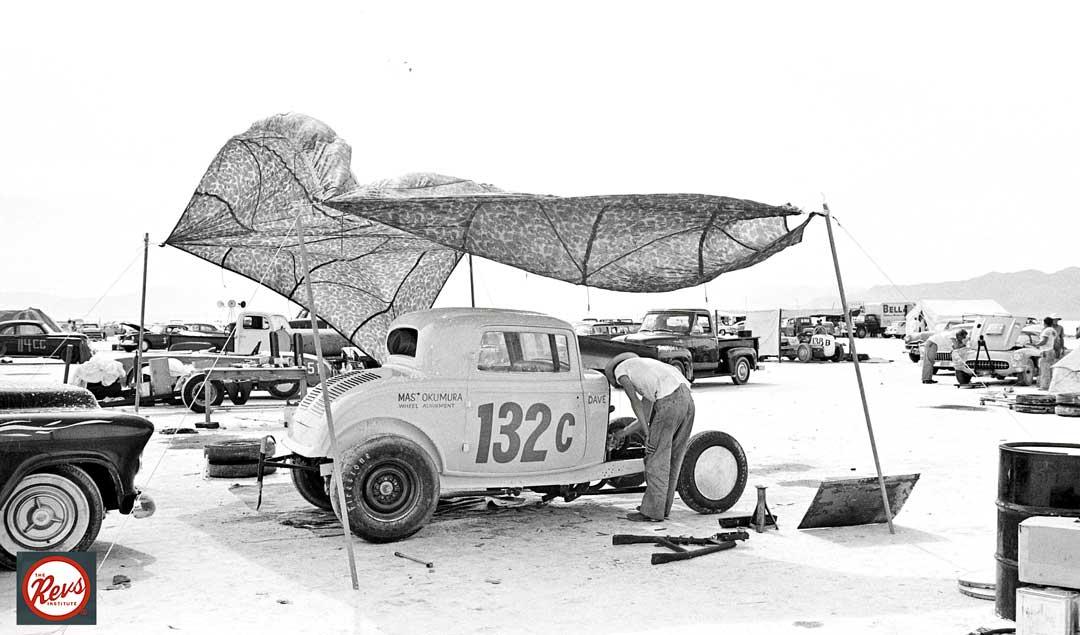 Mas-Okumura-1932-Ford-Three-Window-Coupe-Bonneville-1959-I.jpg