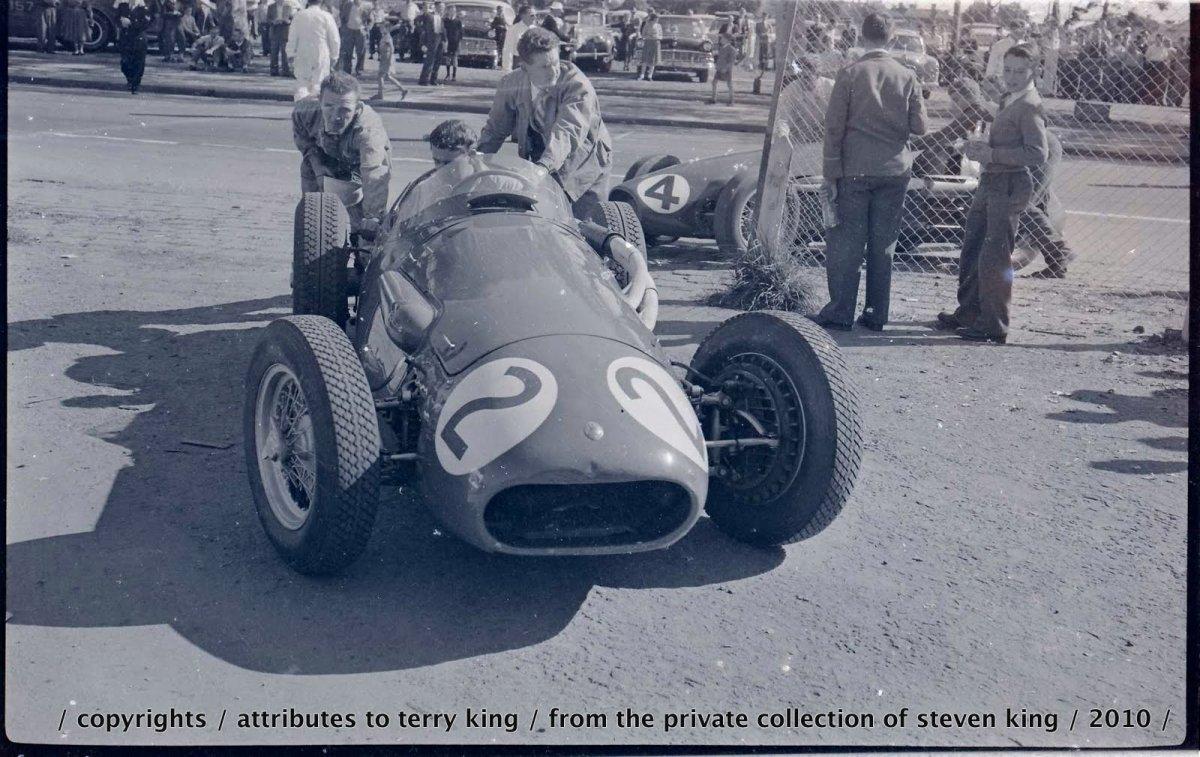 Maserati No 2, Ferrari 4 .JPG