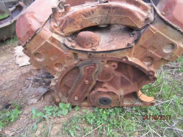 Mel engine 005.JPG