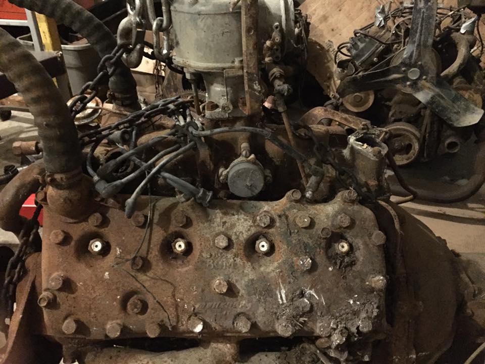 merc motor 1.jpg