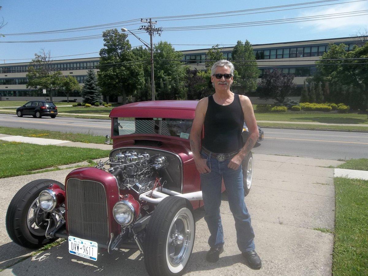 Mike 7-2615 1933 Ford.JPG