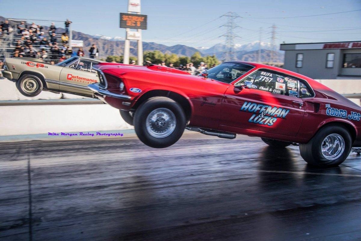 Mike-Morgan-Irwindale-wheelies.jpg