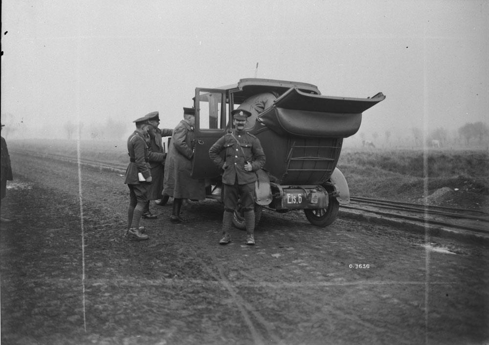 Military car-5 November 1918-2.jpg