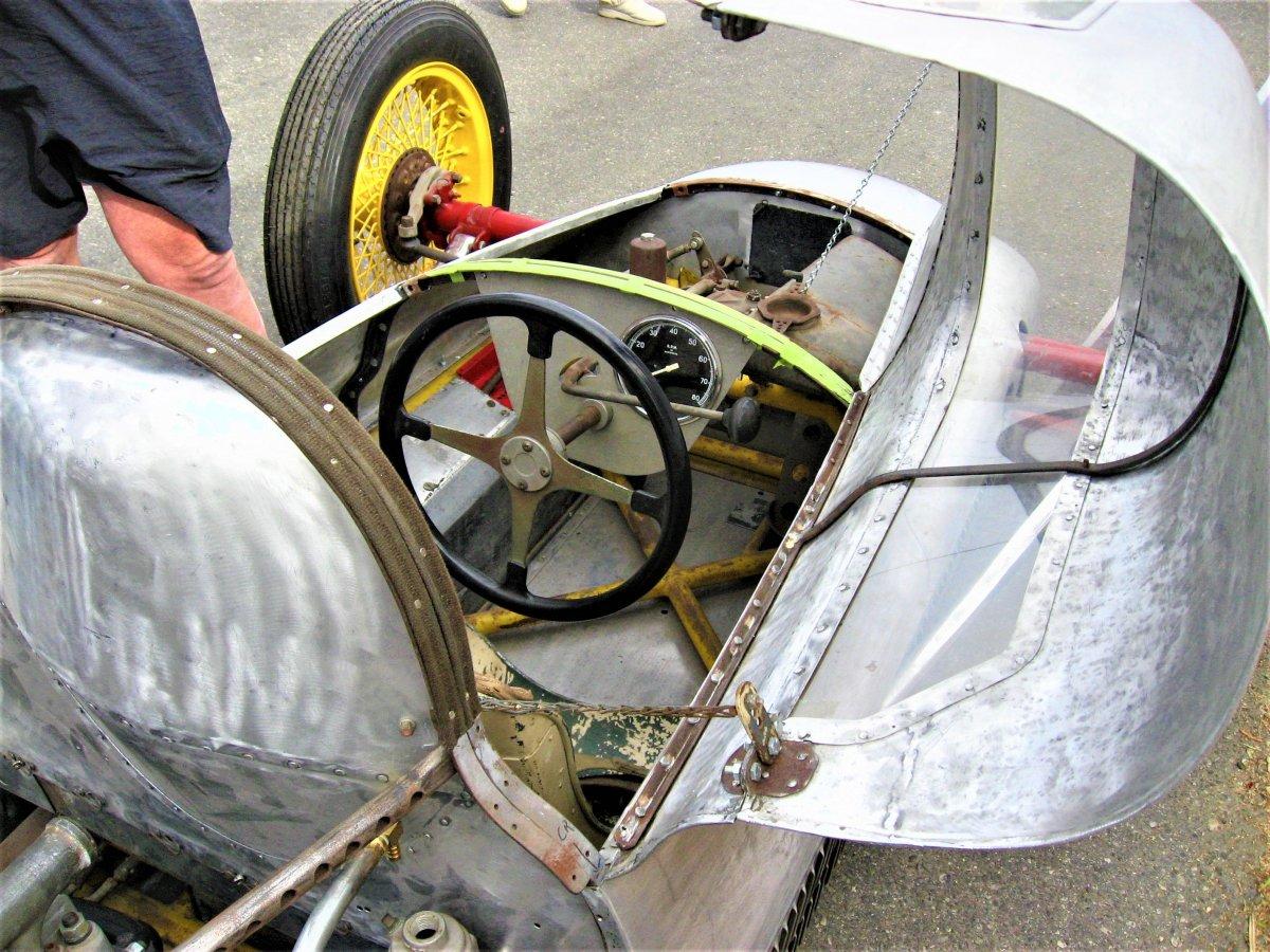 miller cockpit 3 (2).JPG