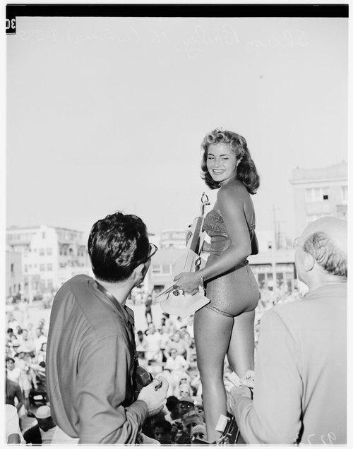 miss-muscle-beach-1951.jpg