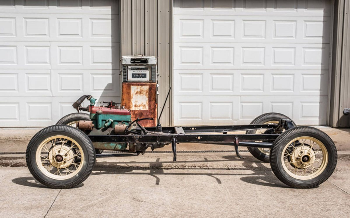 model a chassis.jpg