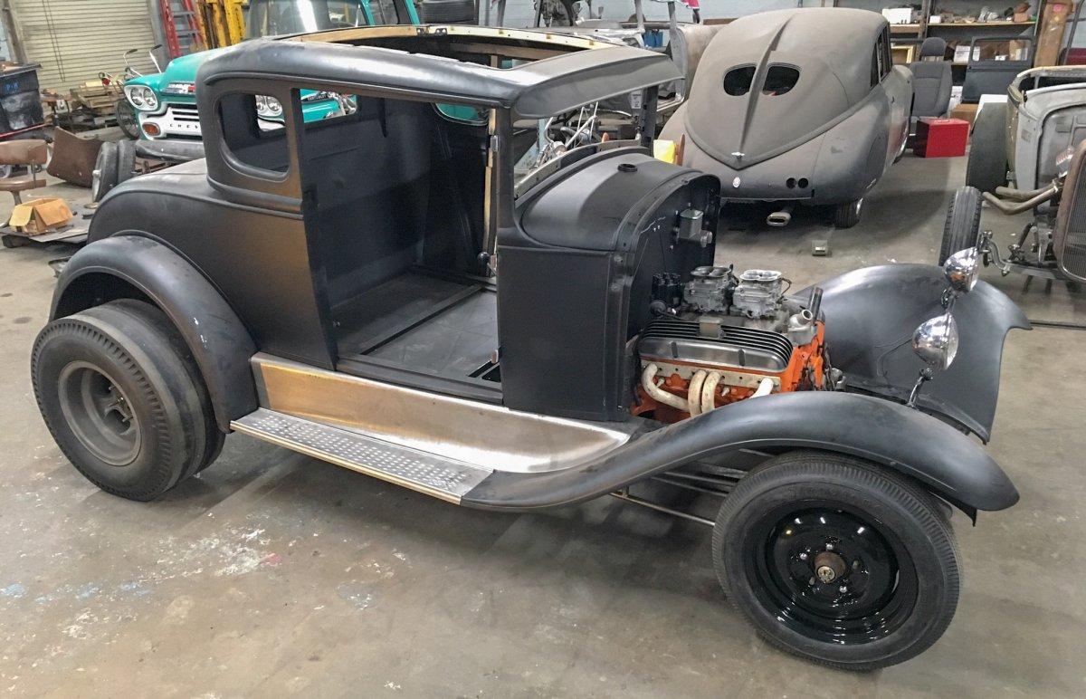 Model A Coupe Roller  Full Fendered.jpg