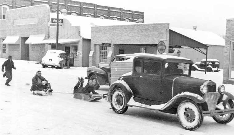 Model-A-Ford-Coupe-Pulling-Sleders-760x439.jpg