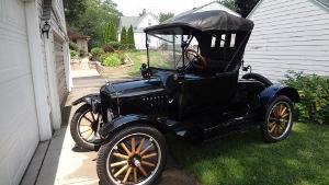 Model T Car 006 (300x169).jpg