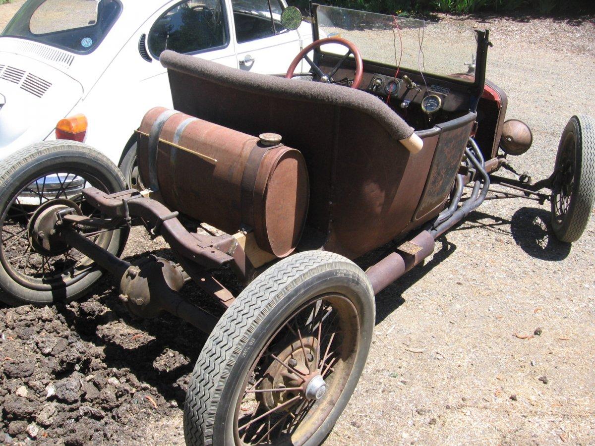 Model T Speedster 22.jpg
