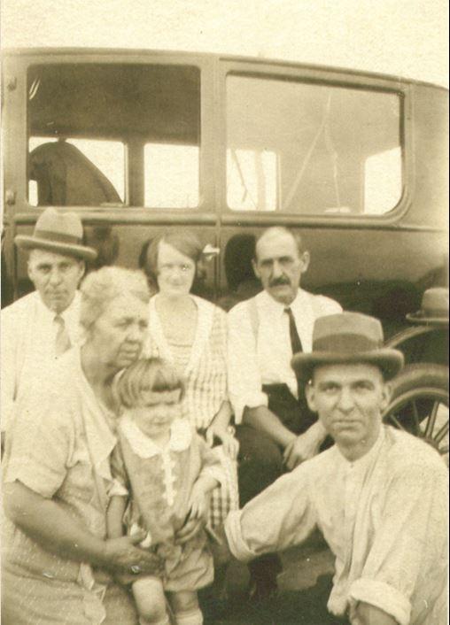 mom 1925.JPG