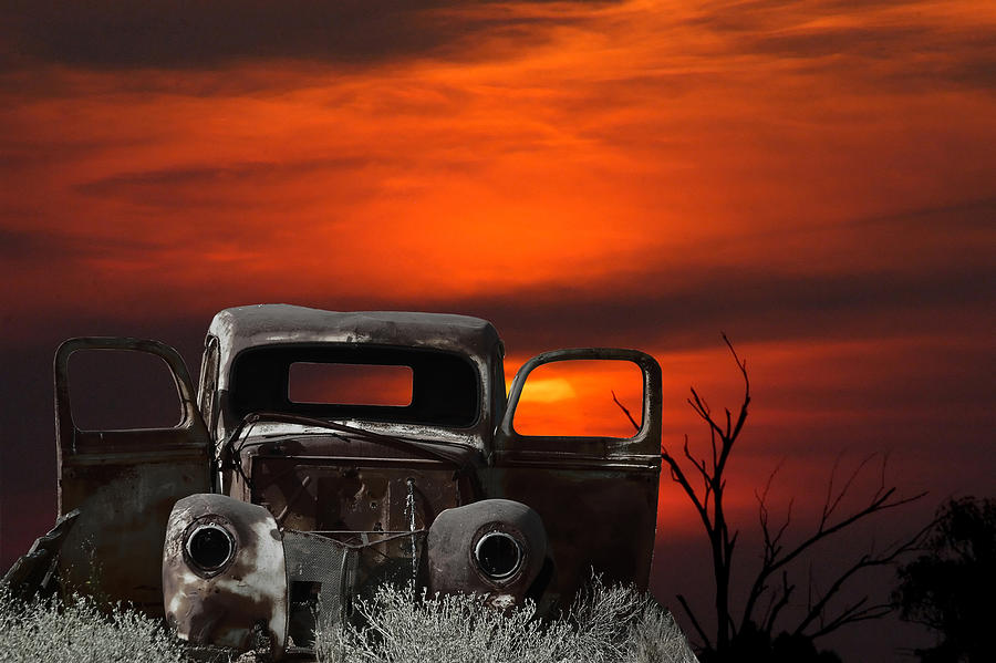 montage-of-an-old-car-and-sunset-grobler-du-preez.jpg