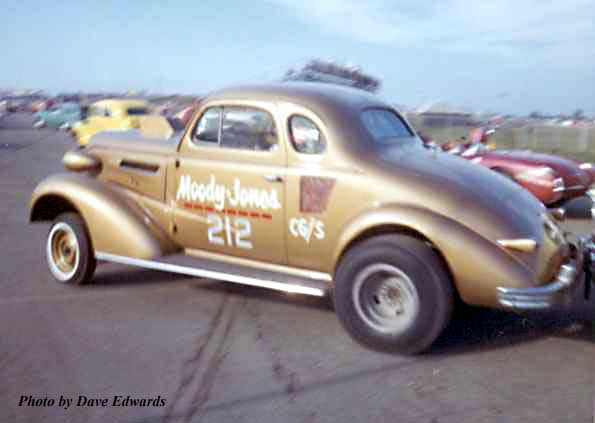 Moody   Jones CG S 1937 Chevy.jpg