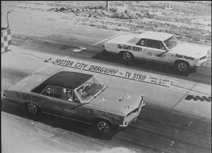 Motor City Dragway- Pair of 1965 Royal Pontiac GTOs.JPG
