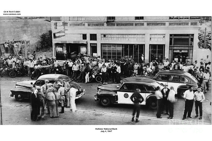 motorcycle-rally-hollister-calif-july-7-1947-california-views-mr-pat-hathaway-archives.jpg