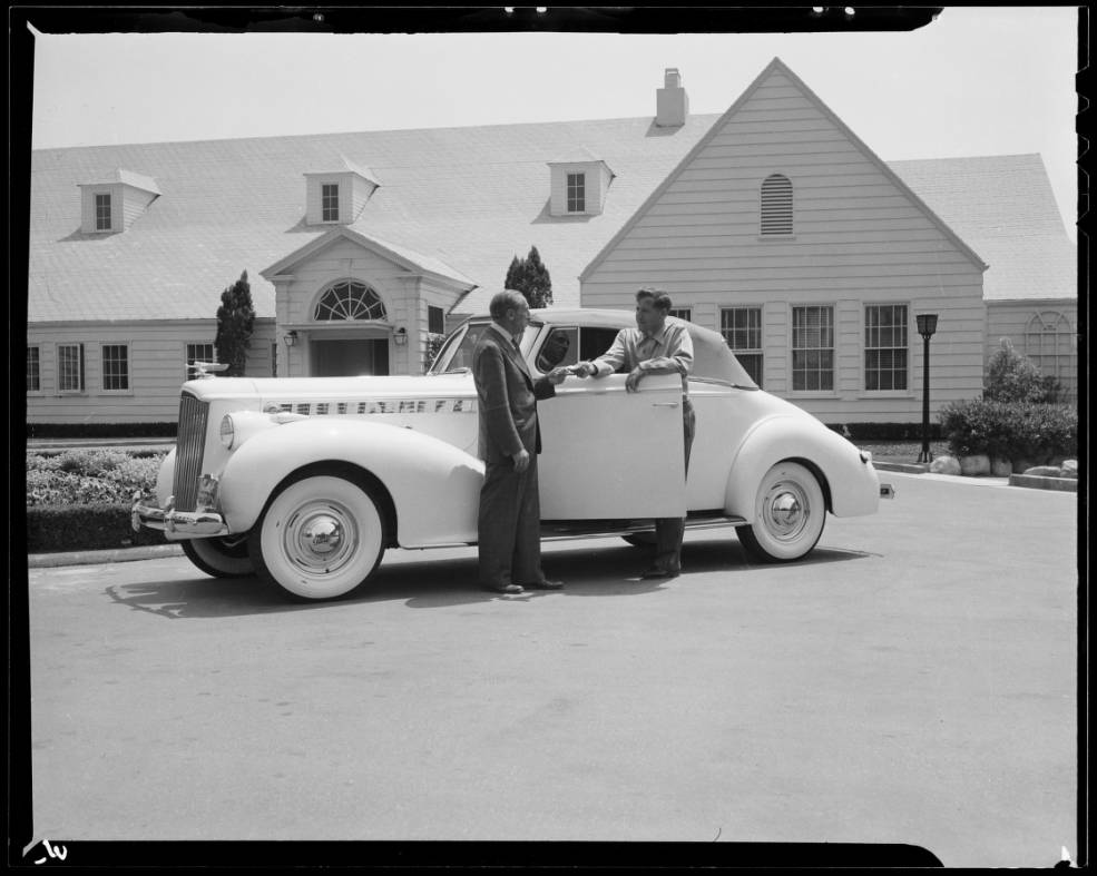 Mr_Lacy_Hillcrest_Country_Club_Southern_California_1940_image_3.jpg
