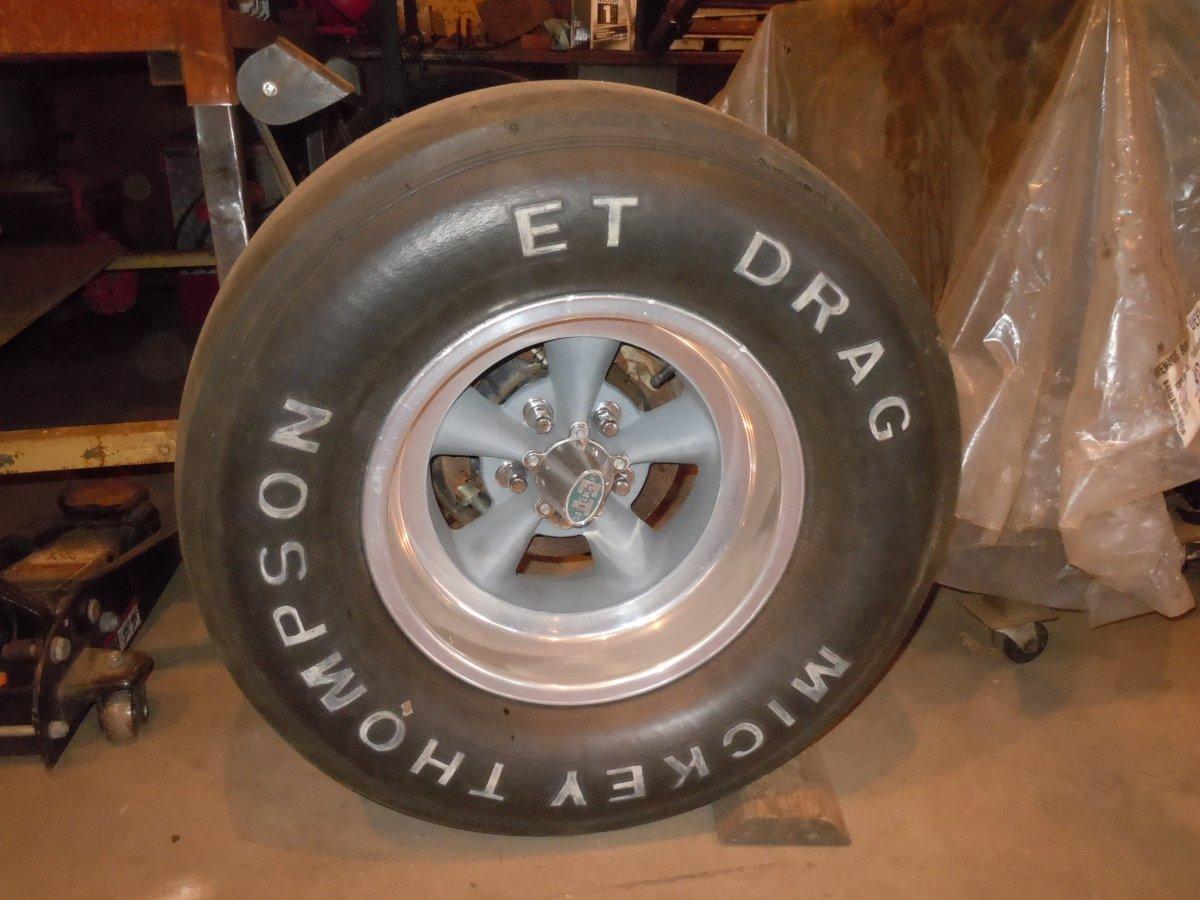 MT Drag Slick Mounted On 15x8 Super ET Wheel.jpg