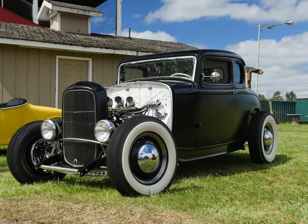 My '32 at Billetproof 2016 cropped.jpg
