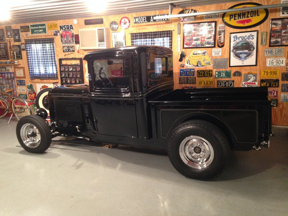 my 32 truck with new wheels - 2.jpg