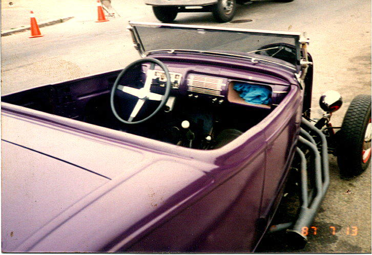 My Purple 32 Rdstr dash pic.jpg