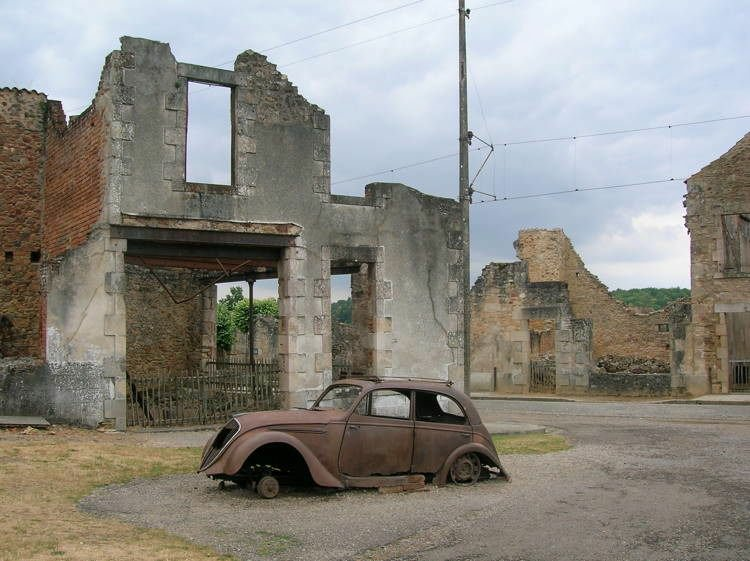 mystifying-ghost-towns-oradour-1.jpeg